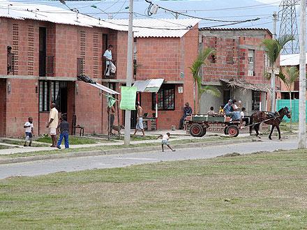 Evalúan situación de Potrero Grande tras robos a viviendas