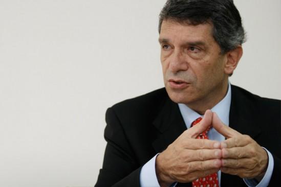 Rafael Pardo fue escogido como nuevo ministro del Posconflicto