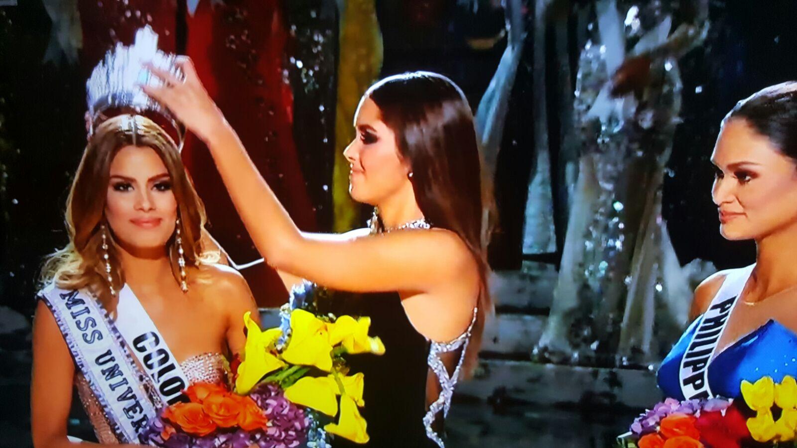 Tras error, Colombia devolvió la corona de Miss Universo