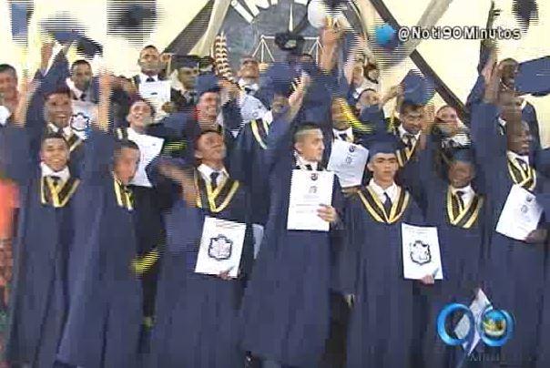 26 internos de la cárcel Villahermosa se graduaron de bachilleres