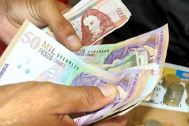 Gobierno decretó el aumento del 7% del salario mínimo en 2016