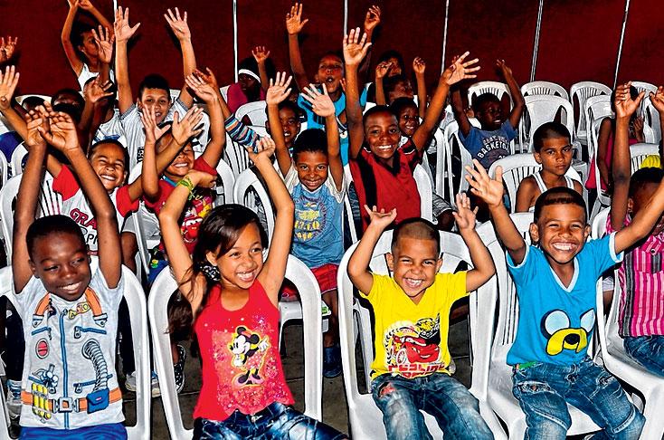 Caleños aún pueden regalar una sonrisa a los niños de Potrero Grande