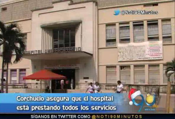 Corchuelo niega que el HUV haya suspendido sus servicios