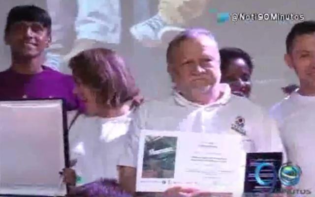 Esquina Latina ganó Premio Cívico Por Una Ciudad Mejor