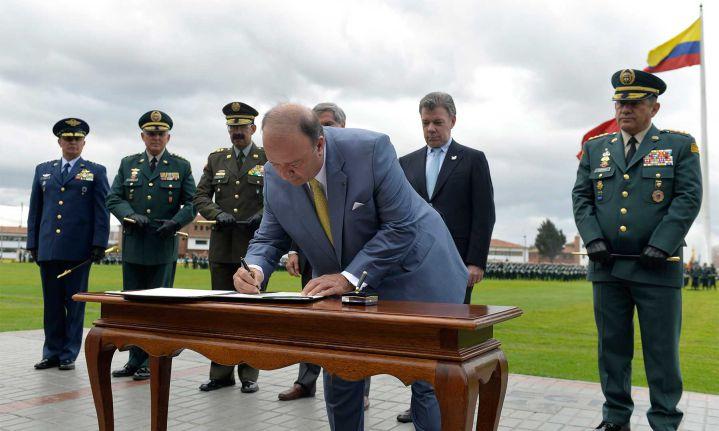 Firmado acuerdo sobre Jurisdicción Especial para las FF. AA.