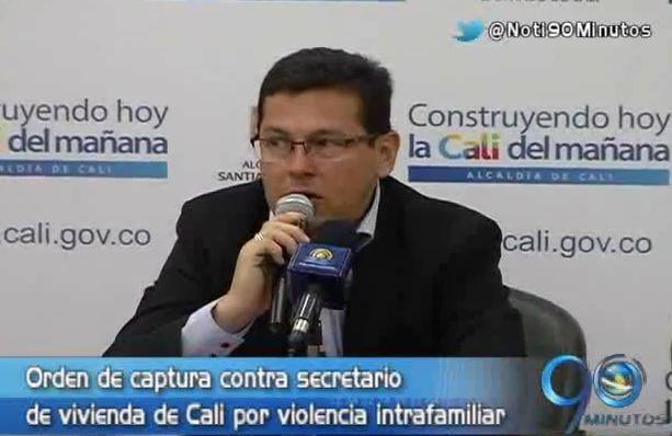 Secretario de Vivienda, a responder por violencia intrafamiliar