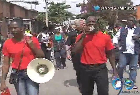 Habitantes de Potrero Grande marcharon para exigir la paz