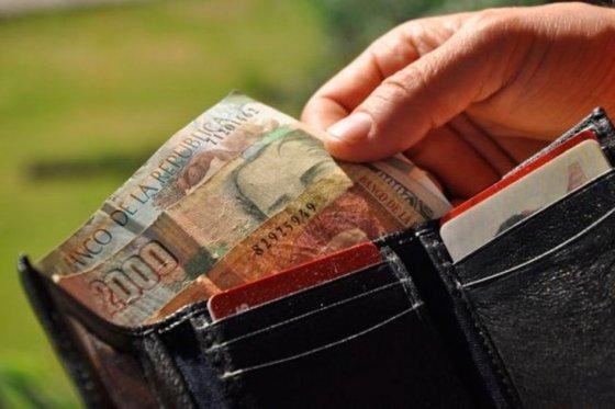 Infoncormidad tras anuncio del aumento del salario mínimo