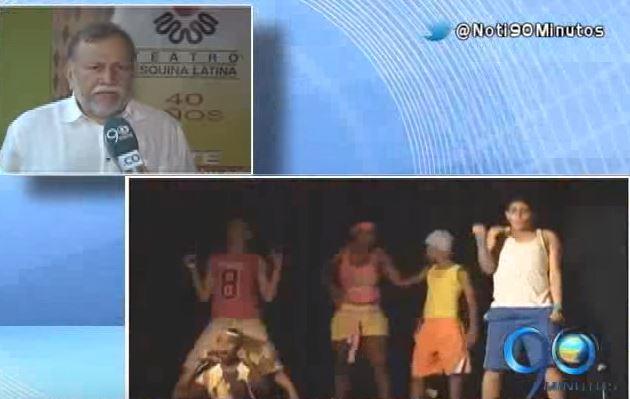 Premio Cívico Por Una Ciudad Mejor: Teatro Esquina Latina