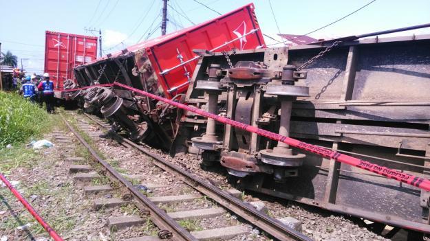 Tren descarrilado deja un herido y tres casas afectadas en Buenaventura