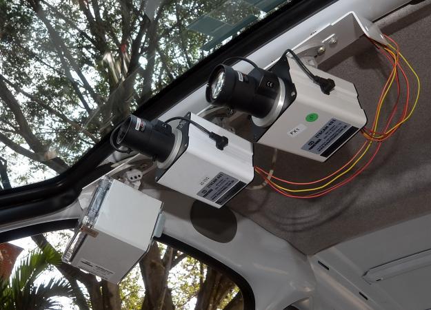 Alcaldía suspendió las cámaras de fotomultas móviles en la ciudad