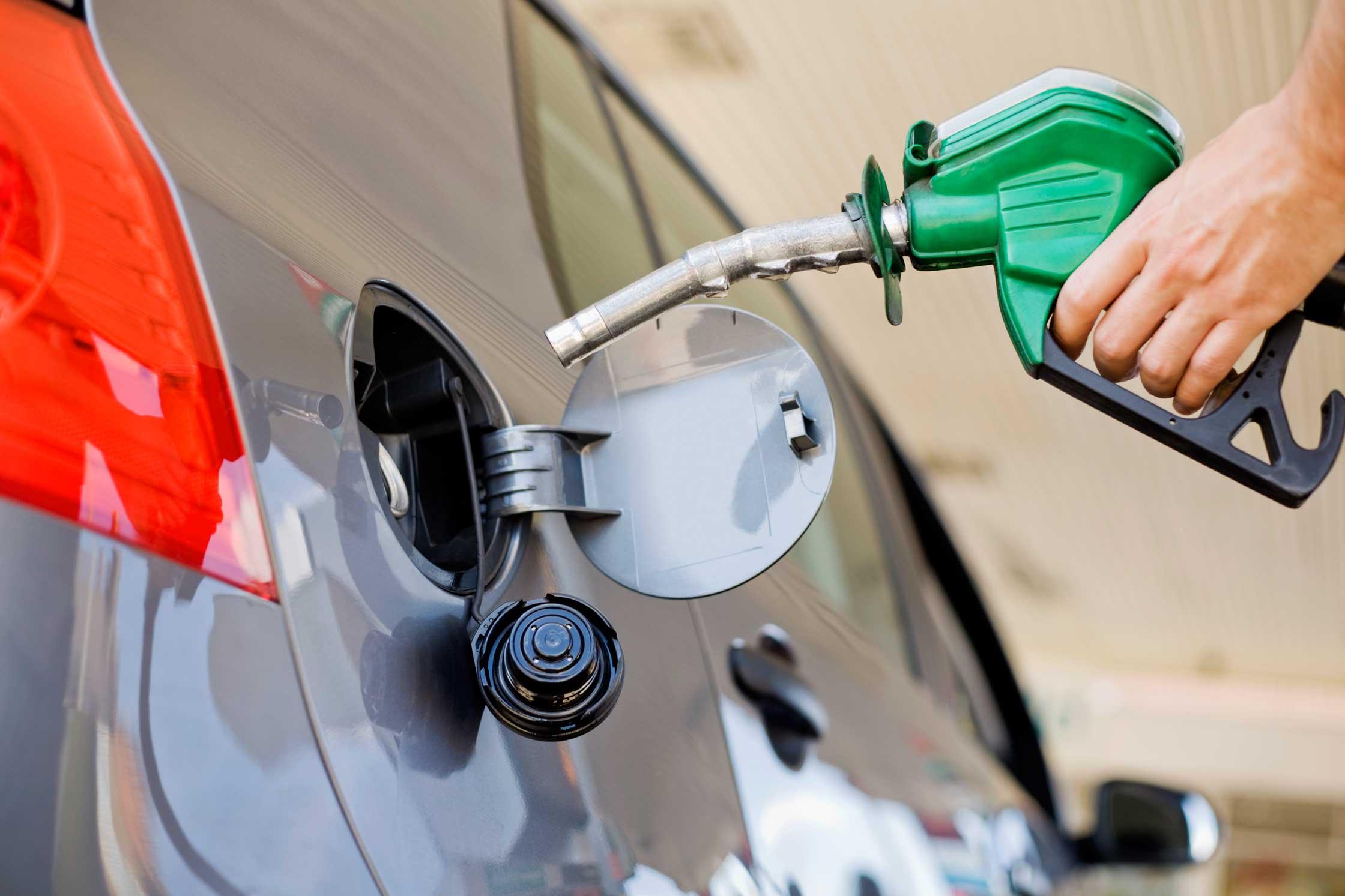 Precio de la gasolina disminuirá en diferentes ciudades del país