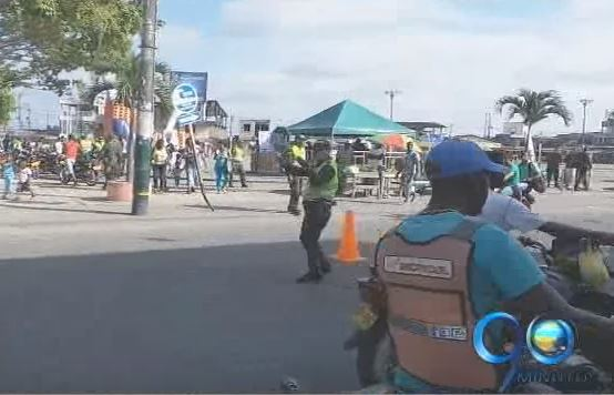 Fiscalía capturó 3 policías que escondían droga en vehículos de particulares