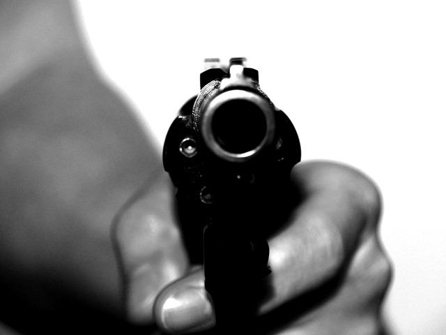 Presidente Santos prohíbe el porte legal de armas en el país
