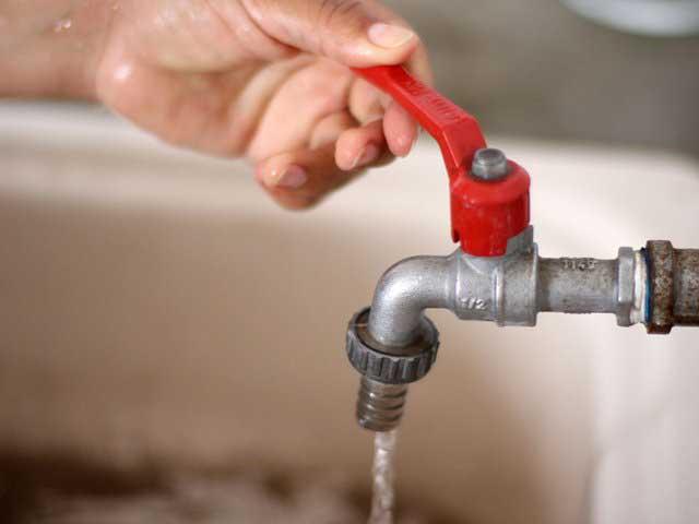 Servicio de agua se normalizaría hacia las 7:00 p.m.