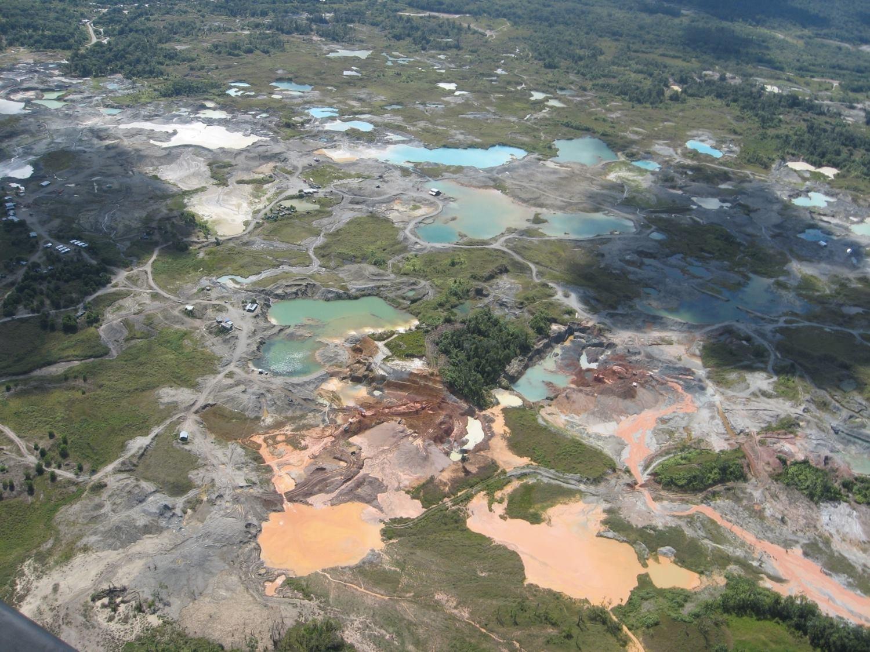 Minería ilegal contamina 13 millones de metros cúbicos de agua en Colombia
