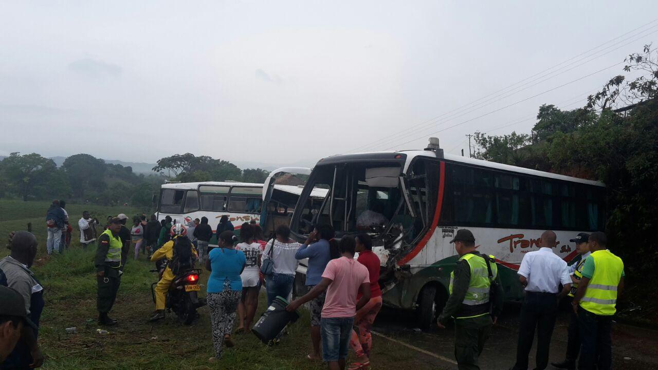 Fuerte accidente dejó 51 heridos en zona rural de Jamundí