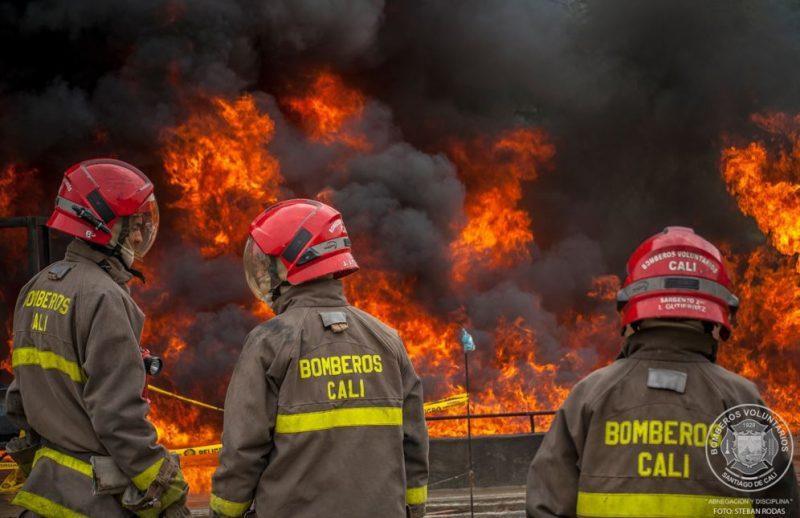 CVC financiará a los Bomberos con el fin de mejorar alertas contra incendios en el Valle