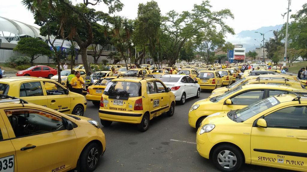 Servicio de taxis no se afectará en Cali por protesta contra Uber