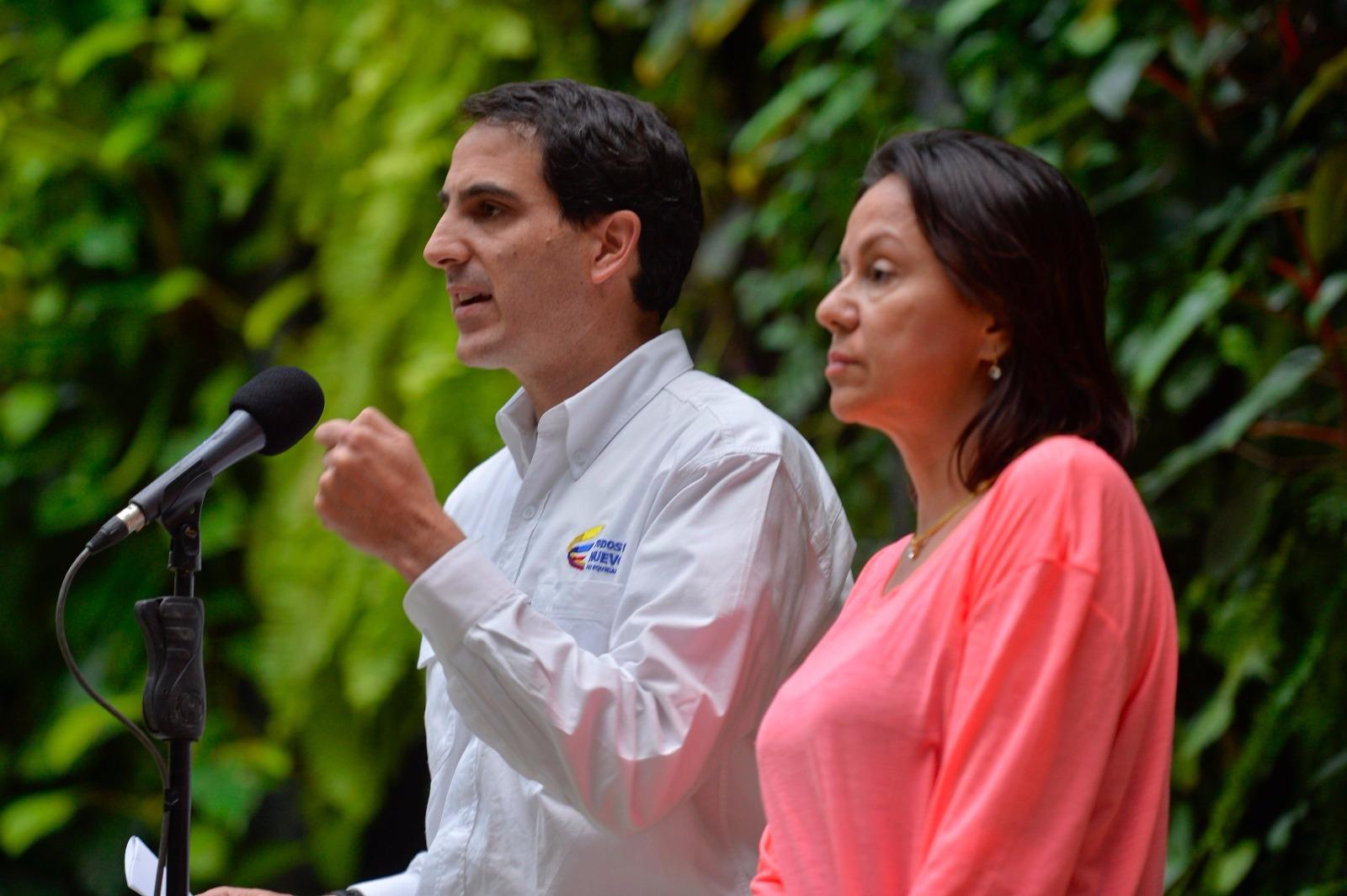 Renuncia Ministro de Minas y Energía por críticas a su gestión frente a El Niño