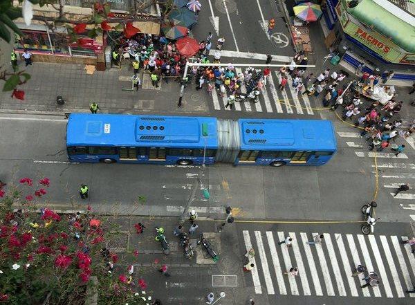 Accidente que involucra a bus del Mío deja un peatón muerto