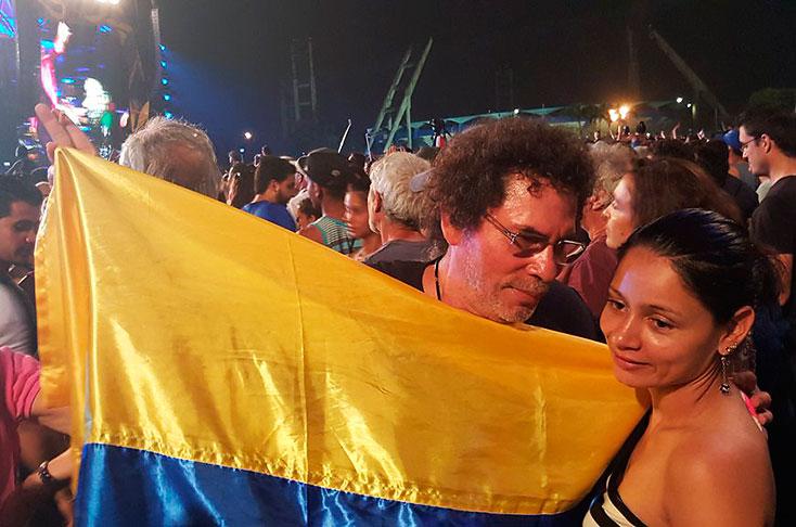 Delegación de las FARC, entre el público de los Rolling Stones en La Habana