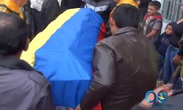 Un muerto y un herido dejó atentado contra policías en Pasto