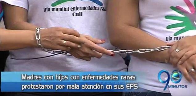 Madres de hijos enfermos protestan por mala atención de EPS