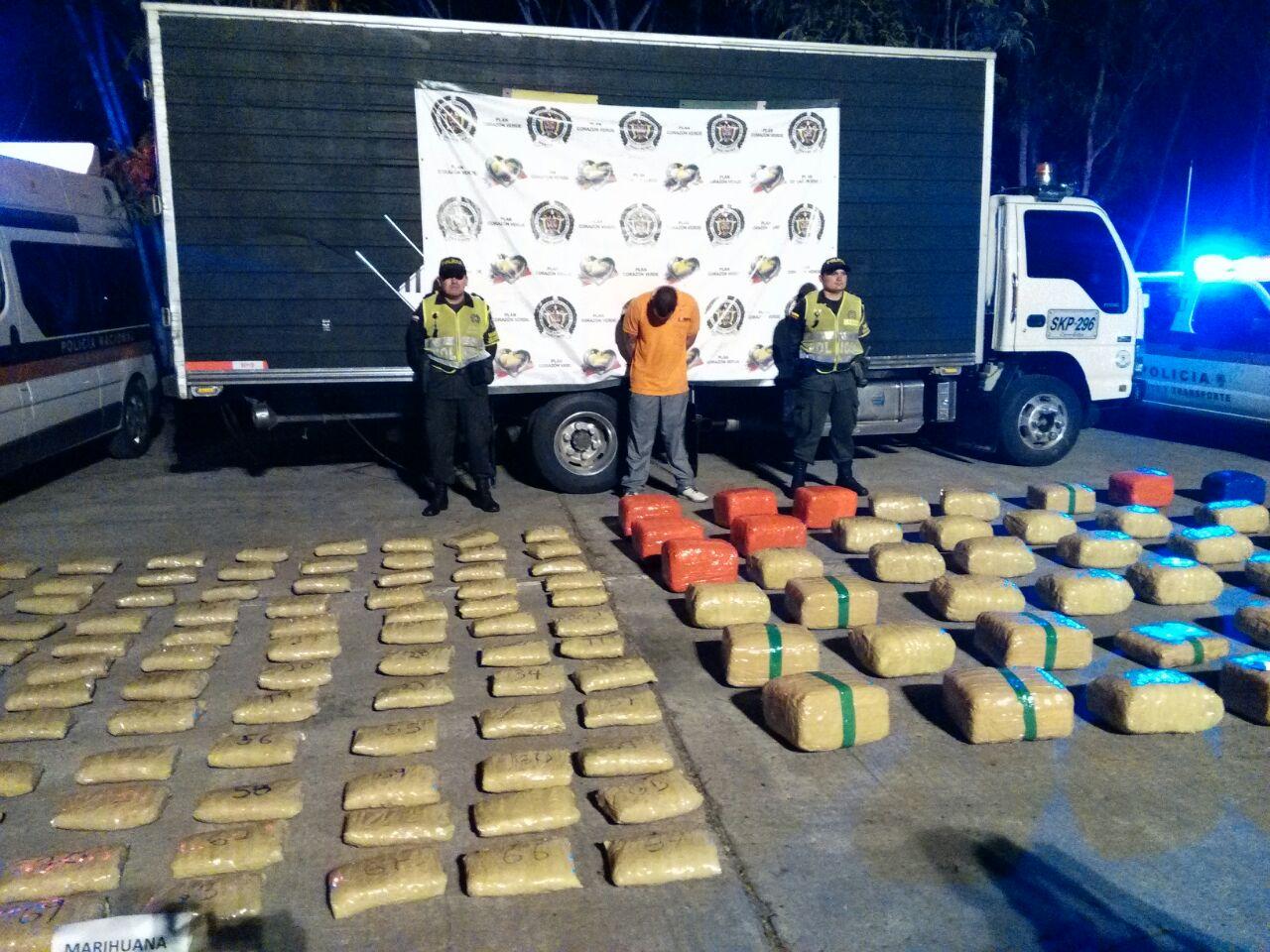 Capturado hombre que transportaba 250 kg de marihuana en el Valle