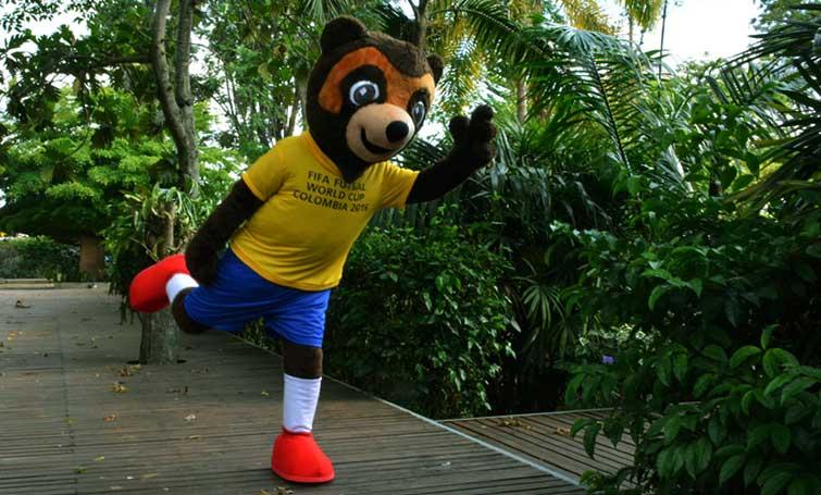 Un oso de anteojos, la mascota del Mundial de Fútbol de Salón