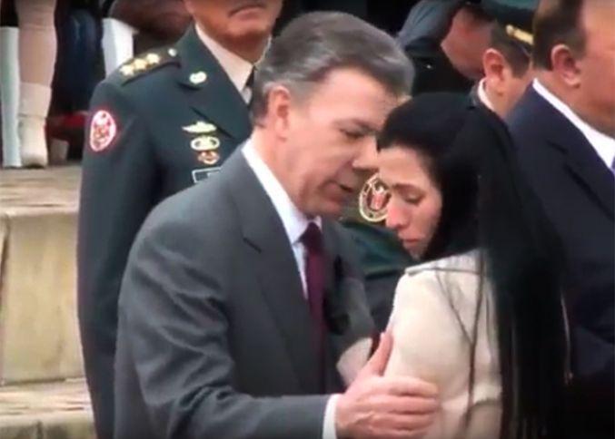 Hermana de policía asesinado por Farc rehúsa abrazo de Santos