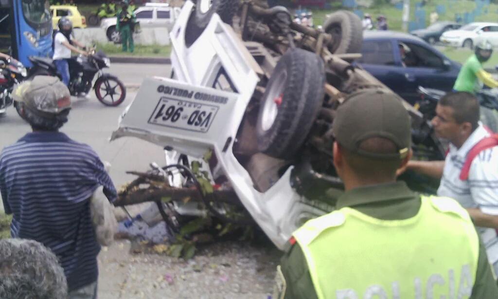 Accidente de guala en puente de los mil días deja cuatro heridos