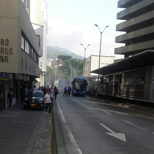 Fallas en un bus del MÍO ocasionaron emergencia en estación Ermita