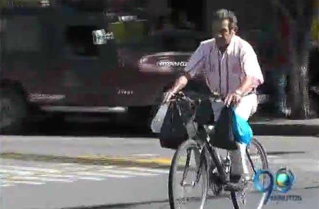 Cartagueños reciben con alegría el Día Sin Carro y Sin Moto