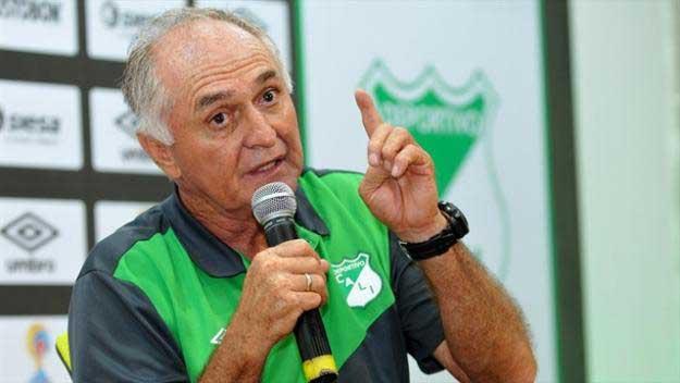 ¿Cree que Fernando 'Pecoso' Castro debe renunciar a la dirección técnica del Deportivo Cali?