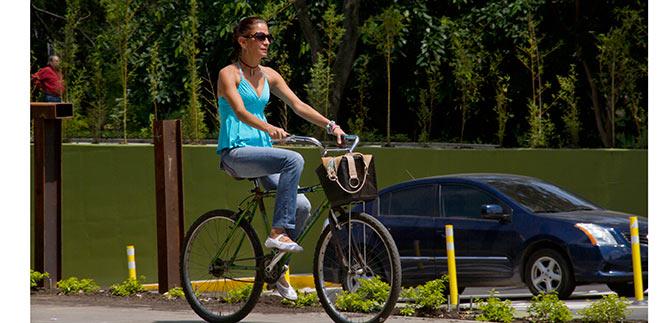 La cultura de la bicicleta se toma el Bulevar del Río