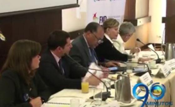 Gobernadores propusieron soluciones a los problemas del PAE