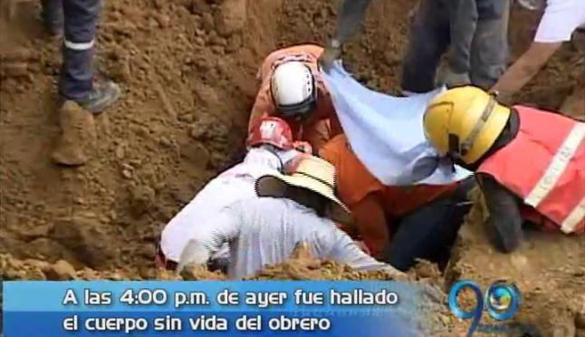 Autoridades investigan causas del alud de tierra en construcción de hotel
