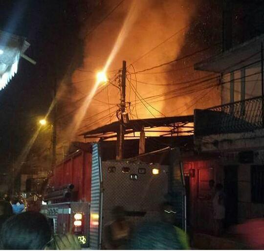 Cinco viviendas consumidas deja incendio en Buenaventura