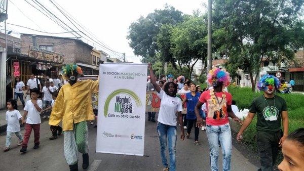 Cerca de 200 niños de Aguablanca marcharon contra el reclutamiento