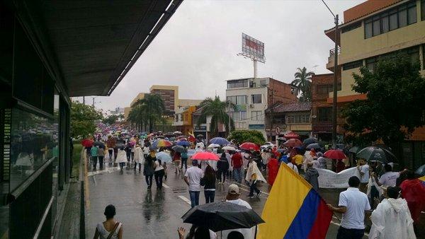 Más de 3 mil caleños marcharon con la oposición al proceso de Paz