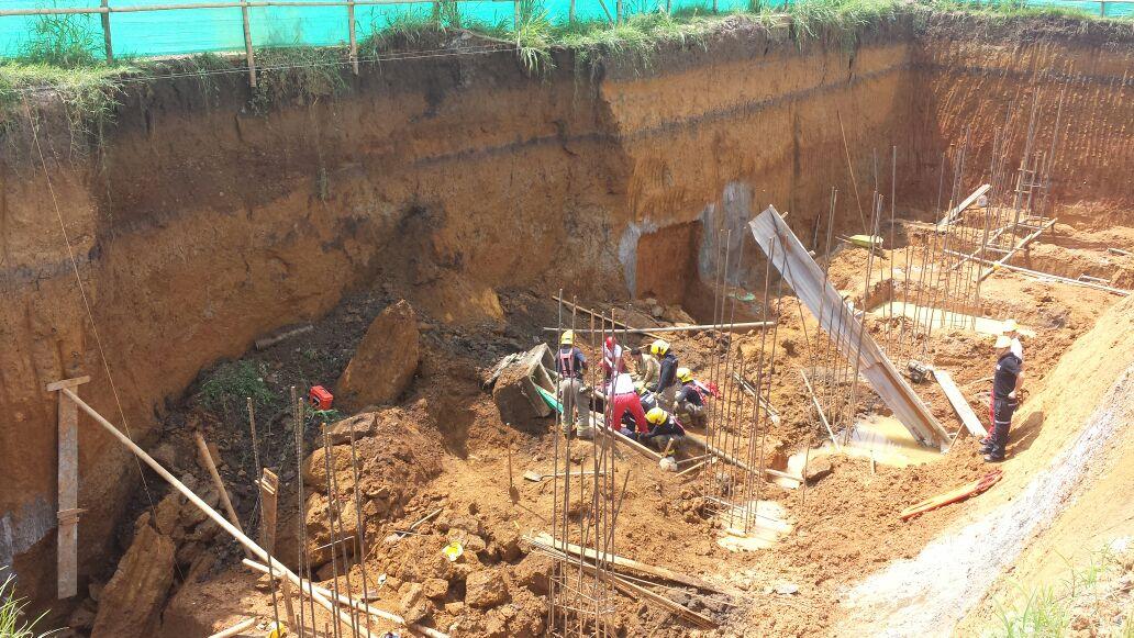 Un obrero muerto y 3 lesionados por derrumbe de obra en construcción