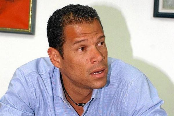 A James hay que exigirle como el mejor: Óscar Córdoba