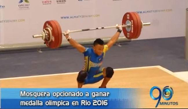 Pesista Luis Javier Mosquera tiene opción de ganar medalla olímpica