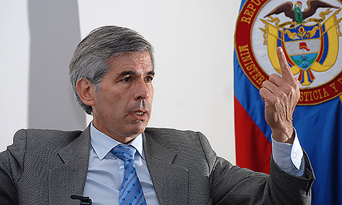 Ministro de Justicia se postuló para ser el nuevo Fiscal General