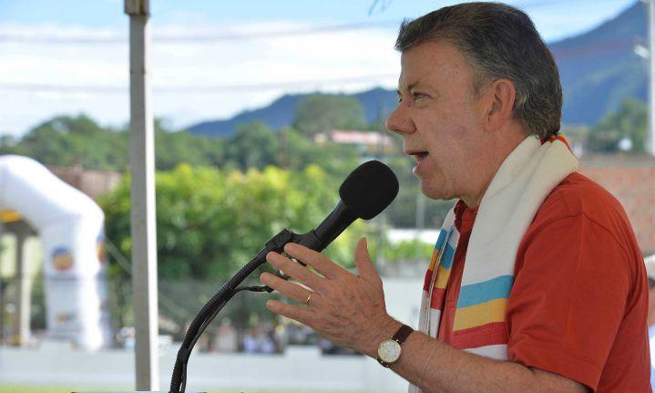 Santos exige de nuevo al ELN que deje de secuestrar y tenga gestos de paz