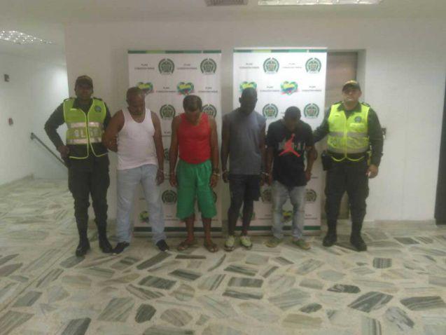 La Policía capturó a cuatro presuntos acosadores de menores de 14 años