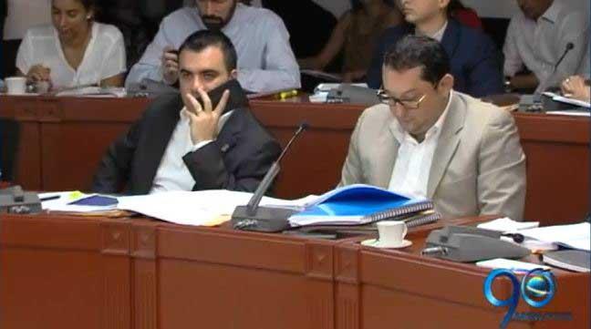 Continúan las críticas de concejales al plan de desarrollo de Armitage