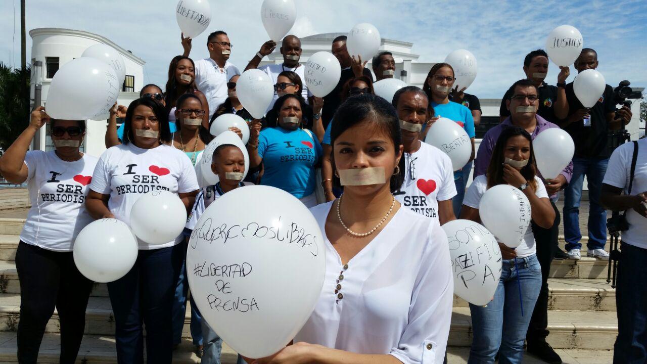 Periodistas de Buenaventura se unieron por libertad de colegas