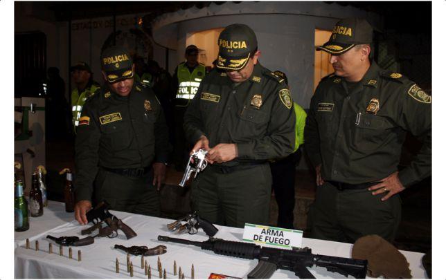 12 capturados dejó allanamientos en la comuna 13